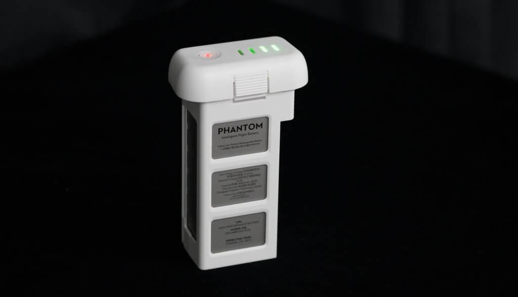 Phantom 3 SE Unboxing Battery