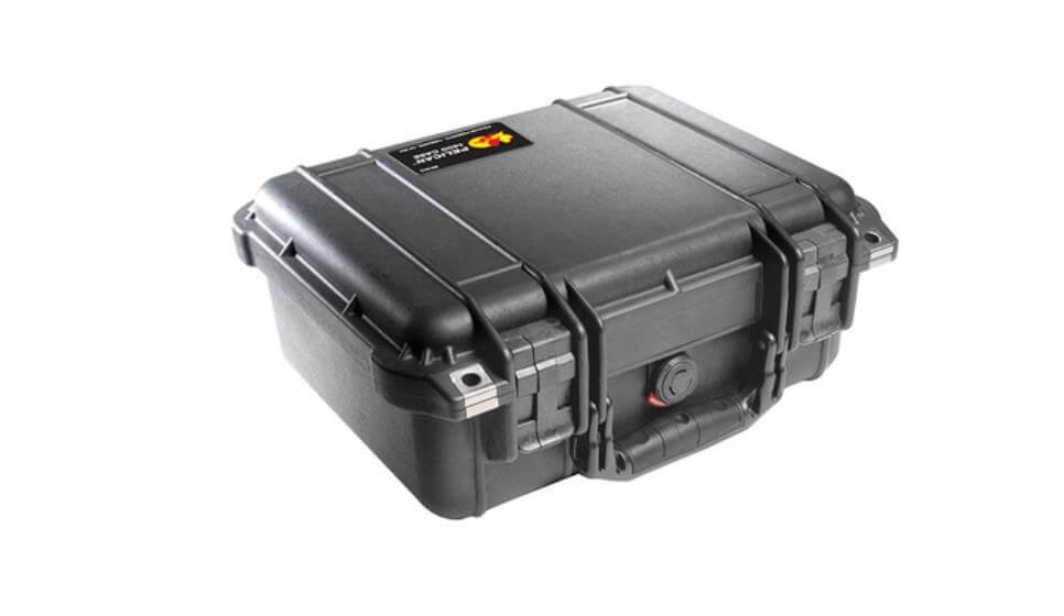 5 Bags & Cases to Keep Your DJI Mavic Safe - DJI Guides