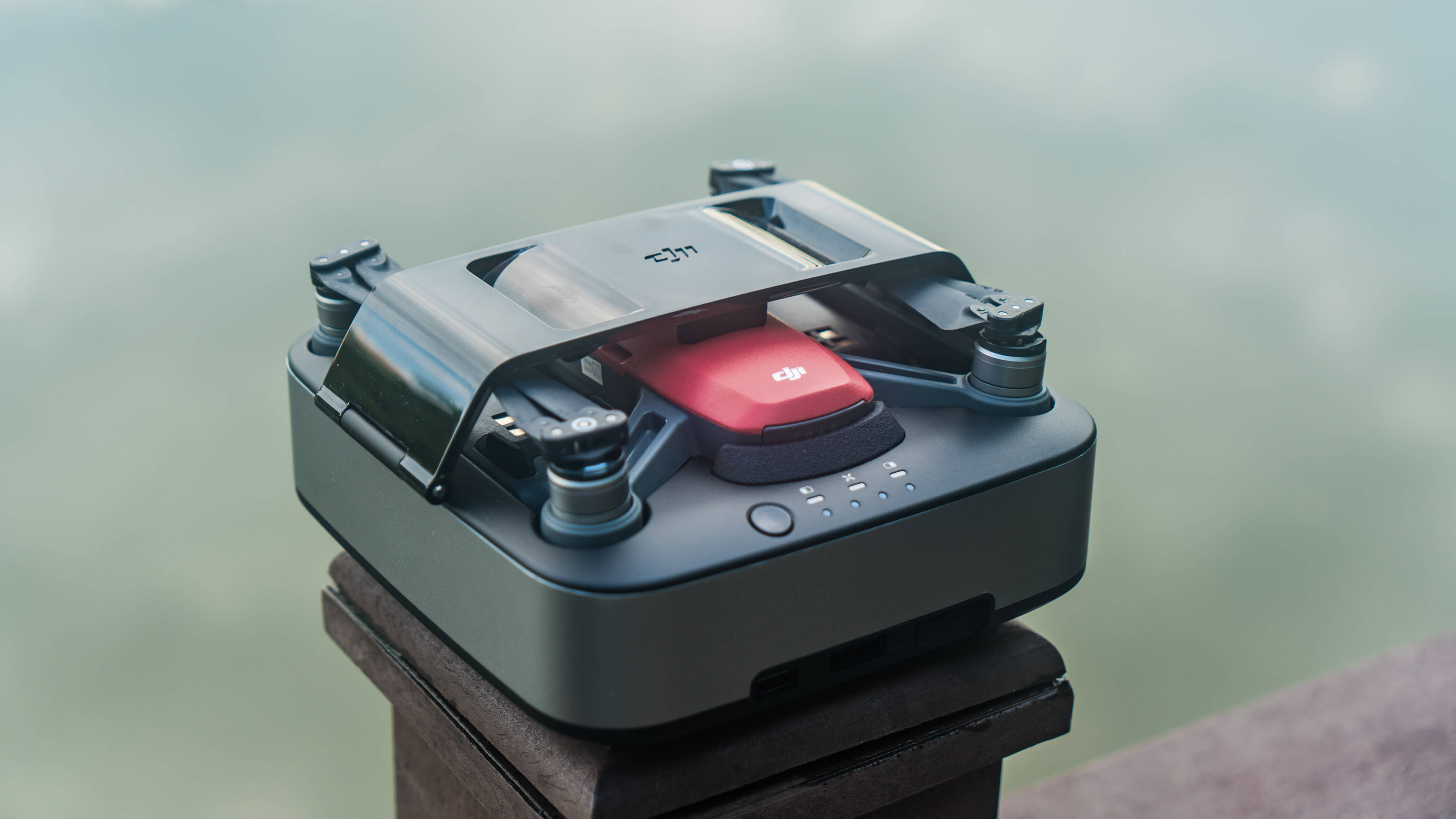 8bc50314f80 Power Up with The Spark Portable Charging Station - DJI Guides