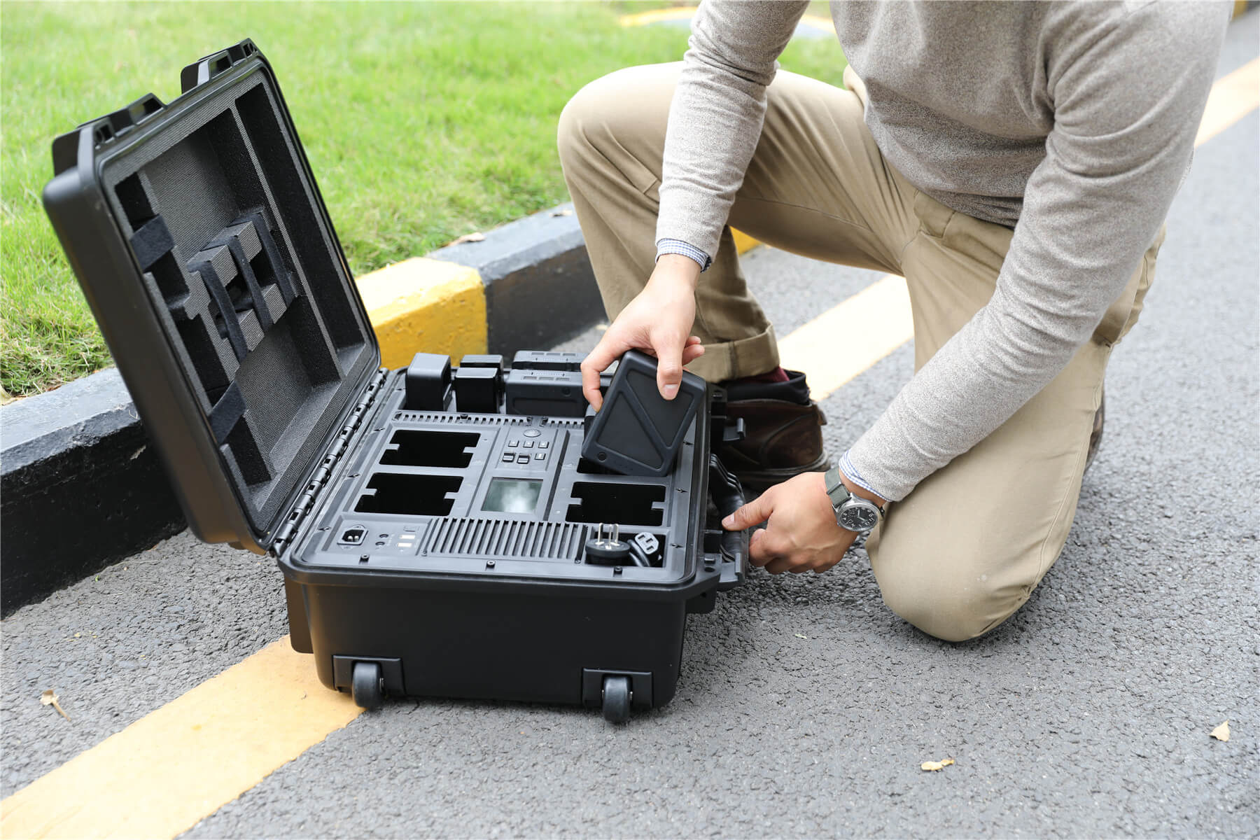 Greatest The DJI Battery Station: An Exclusive First Look SM14