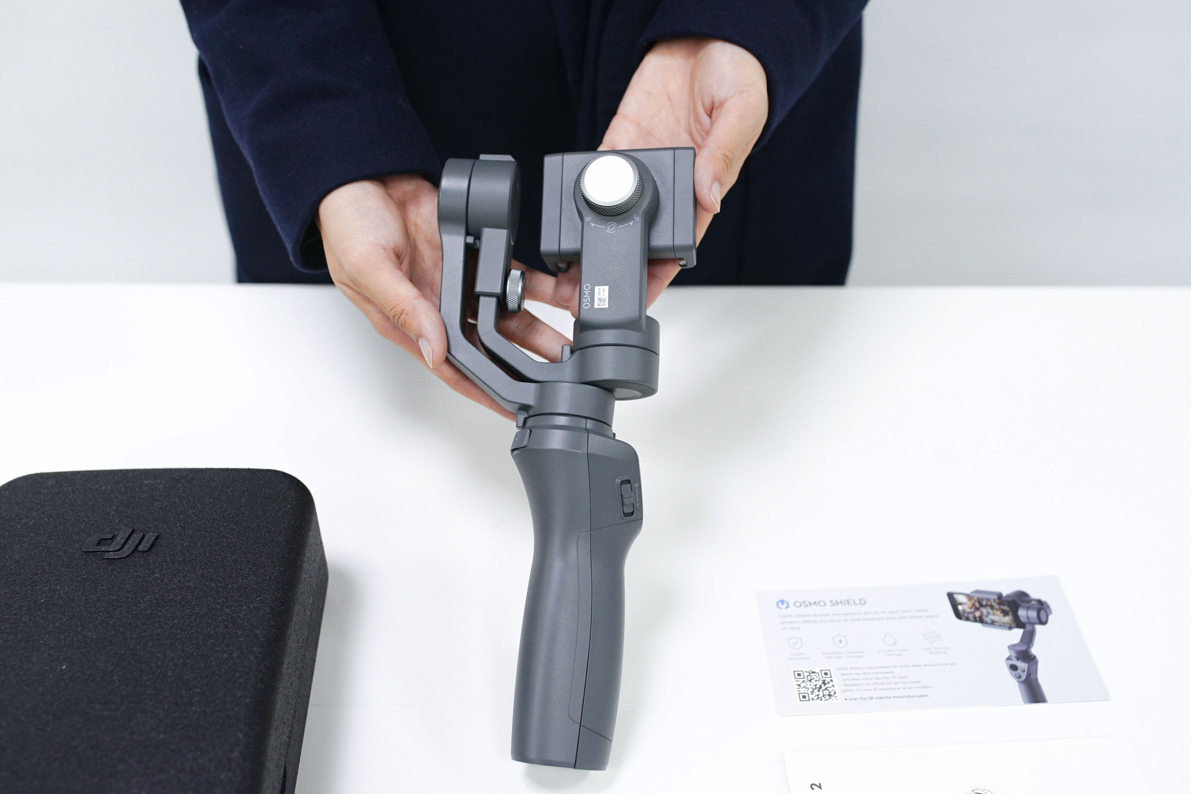 Osmo Mobile 2: Unboxing and What's New - DJI Guides