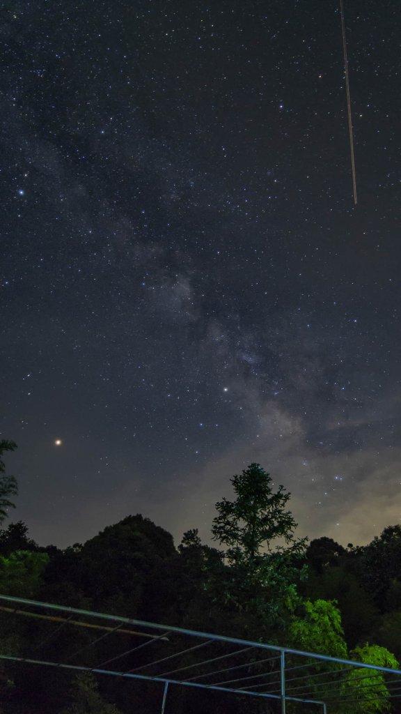 DJI Phantom 4 Pro V2.0 photo of sky at night